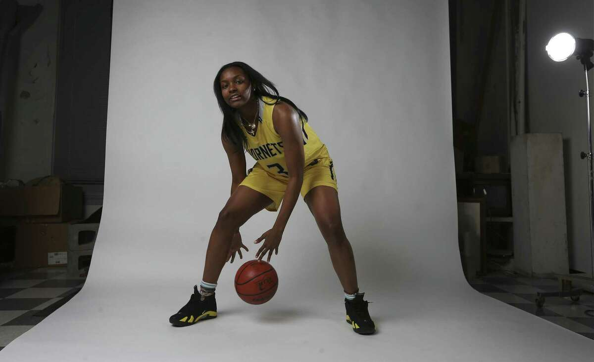 East Central's NaLyssa Smith is the Girls Player of the Year for the 2018 Express-News All-Area Super Team.