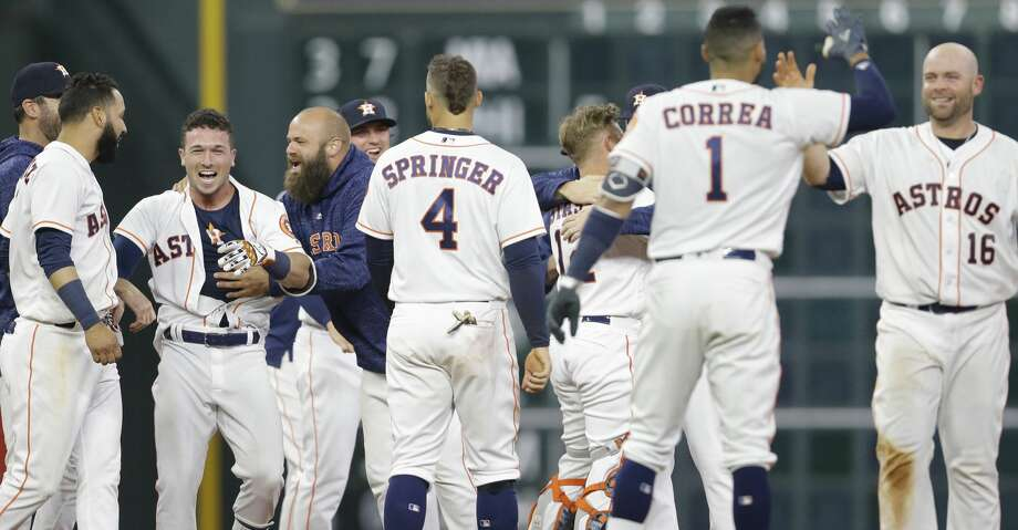 Houston Astros San Diego Padres during the inning of the MLB game at Minute Maid Park Saturday, April 7, 2018, in Houston. (Melissa Phillip / Houston Chronicle) Photo: Melissa Phillip / Houston Chronicle