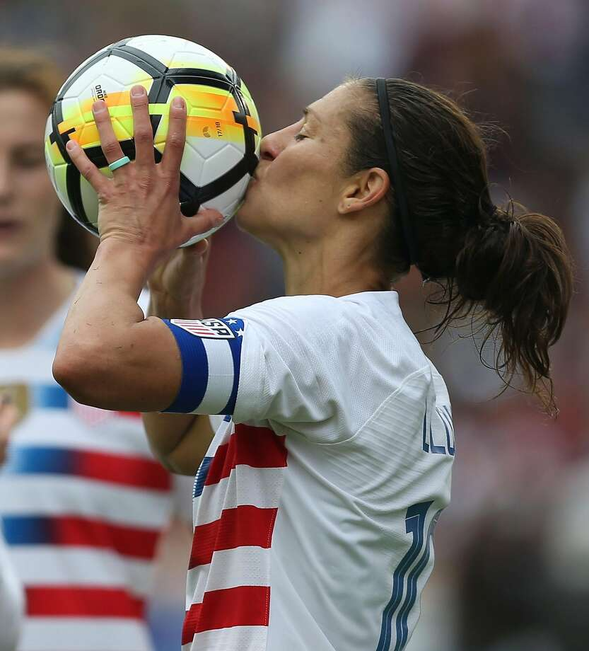 Carli Lloyd (10) celebrates her 100 goal for the national team during the first half of the friendly match against Mexico at BBVA Campus Stadium on Sunday, April 8, 2018, in Houston. ( Yi-Chin Lee / Houston Chronicle ) Photo: Yi-Chin Lee / Houston Chronicle