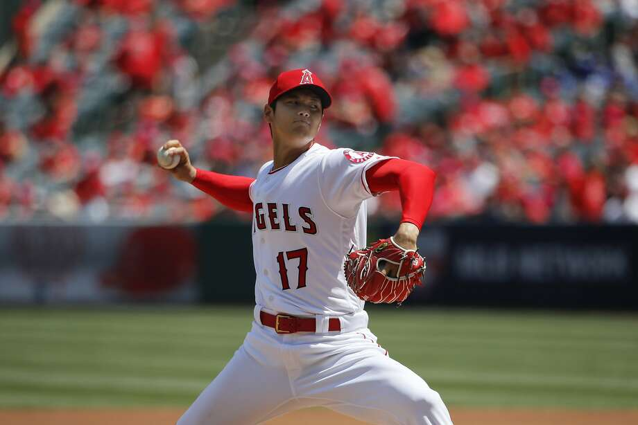 Los Angeles Angels starting pitcher Shohei Ohtani during the first inning of a baseball game on April 8, 2018. Photo: Jae C. Hong / Associated Press