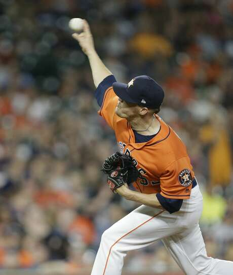 Houston Astros Ken Giles pitches against the San Diego Padres during the ninth inning of MLB game at Minute Maid Park Friday, April 6, 2018, in Houston. ( Melissa Phillip / Houston Chronicle ) Photo: Melissa Phillip/Houston Chronicle