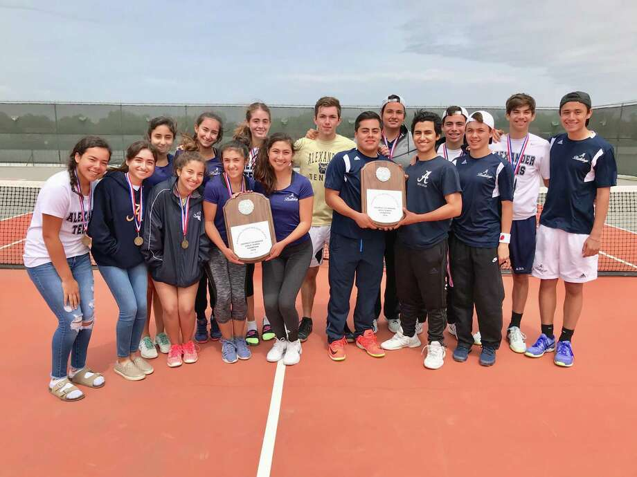 Alexander's boys' and girls' tennis teams claimed District 29-6A titles on Saturday in Eagle Pass. Photo: Courtesy Photo