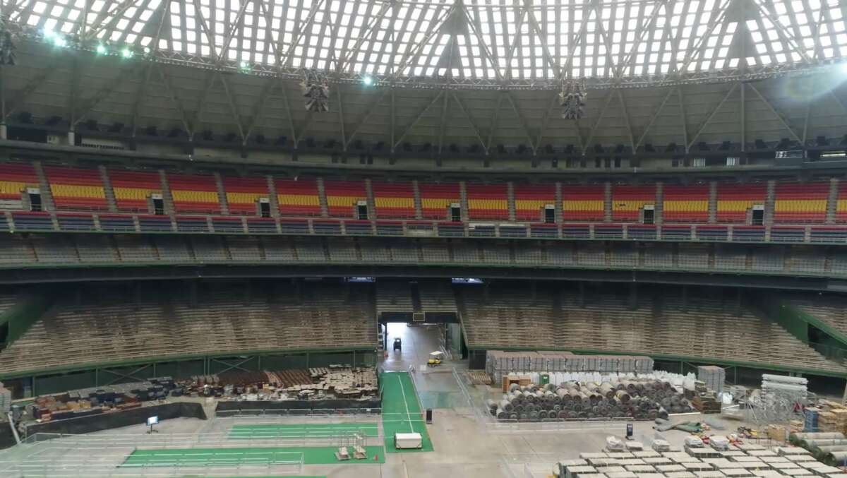 The inside of the Houston Astrodome, Friday, April 6, 2018. (Mark Mulligan / Houston Chronicle)