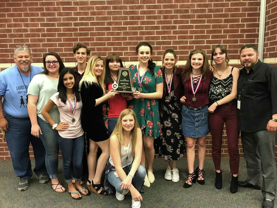 The 2018 Liberty High School cast and crew hold the trophy from the Bi-District UIL Advancing Play award. Photo: Submitted