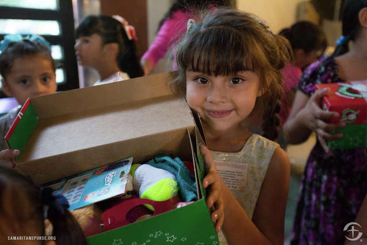 Shoebox distribution at Iglesia Apostolica de la Fe en Cristo Jesus in Mazatlan, Mexico.