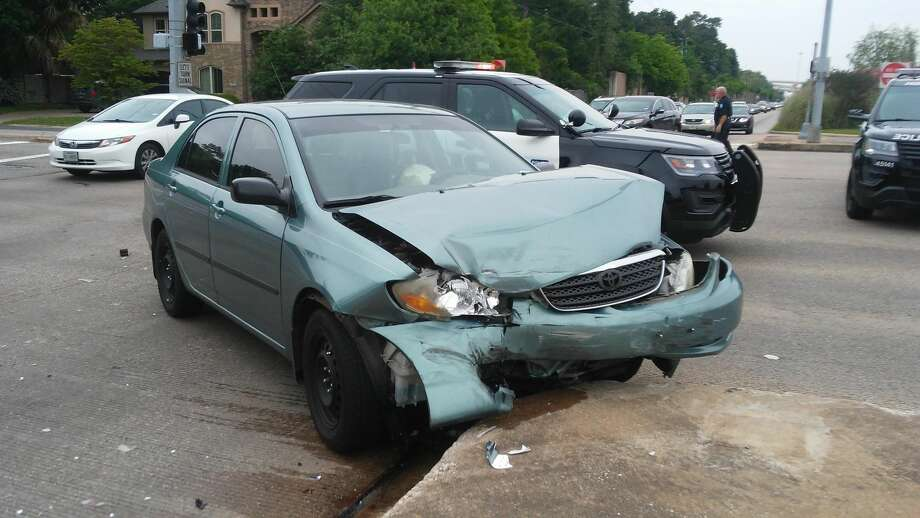 A Houston man felt so bad about causing a backup on Memorial Sunday afternoon after getting into an accident that he took to Reddit to apologize. This was the Houston man's car. Photo: Ryan/bikefulife