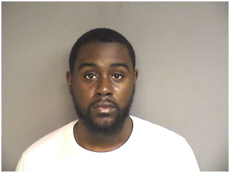 Jermaine Scott, 21, of Stamford, was charged with selling crack cocaine to an undercover officer three times in Stamford. Photo: Stamford Police / Contributed