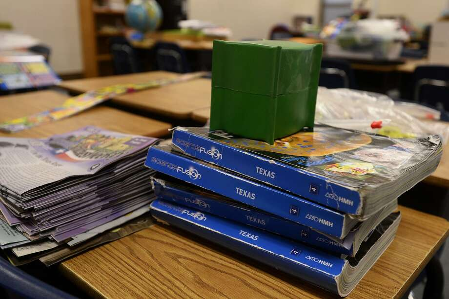 In this 2016 file photo, textbooks and other teaching materials sit out on desks at the intermediate school in Hamshire-Fannett Independent School District. Ryan Pelham/The Beaumont Enterprise Photo: Ryan Pelham / Ryan Pelham/The Enterprise / ©2016 The Beaumont Enterprise/Ryan Pelham