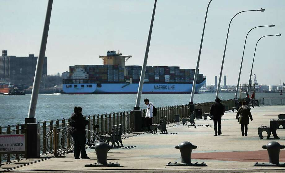 A cargo ship owned by Maersk arrives into New York harbor on Monday. Photo: Spencer Platt, Staff / Getty Images / 2018 Getty Images