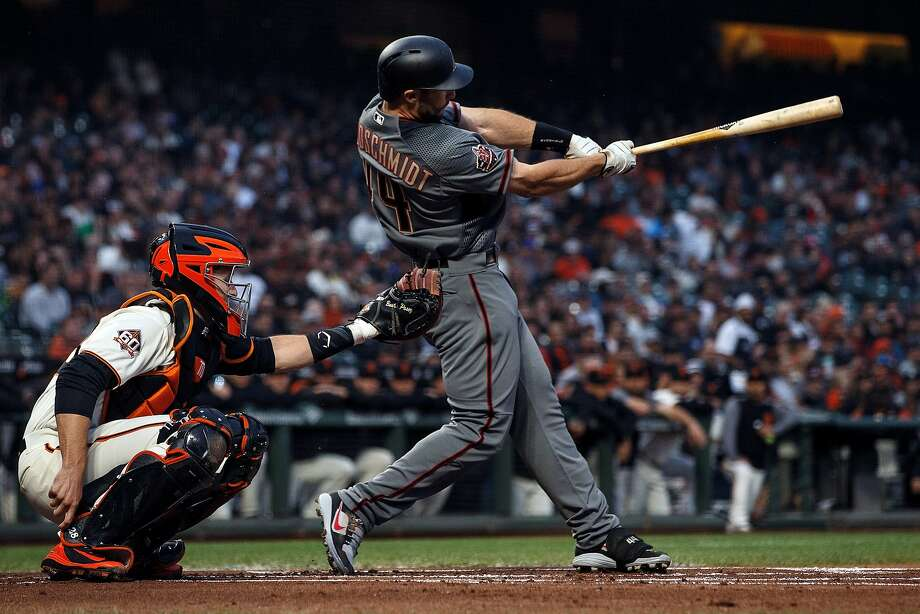 Paul Goldschmidt #44 of the Arizona Diamondbacks hits an RBI triple against the San Francisco Giants during the first inning at AT&T Park on April 9, 2018 in San Francisco, California. Photo: Jason O. Watson / Getty Images