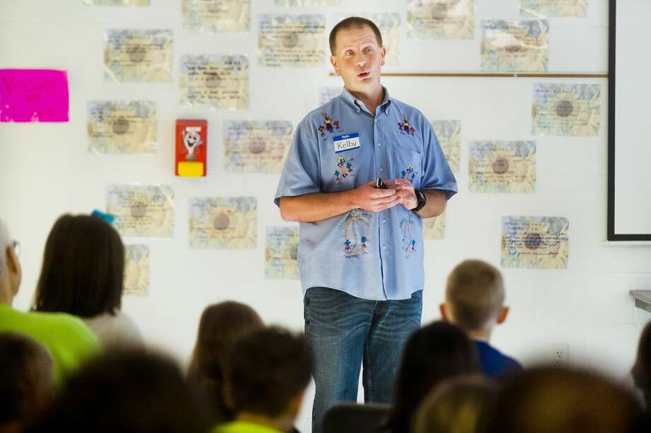 Kelby Klassen speaks to students at Midland Christian School about his charity organization, Kelby's Kids, and his work as a missionary in Haiti on Tuesday, April 10, 2018. (Katy Kildee/kkildee@mdn.net) Photo: (Katy Kildee/kkildee@mdn.net)
