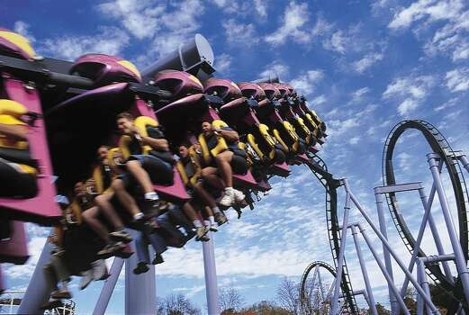The Great Bear roller coaster at Hershey Park in Hershey, Pa. / © Hershey Entertainment & Resorts Company