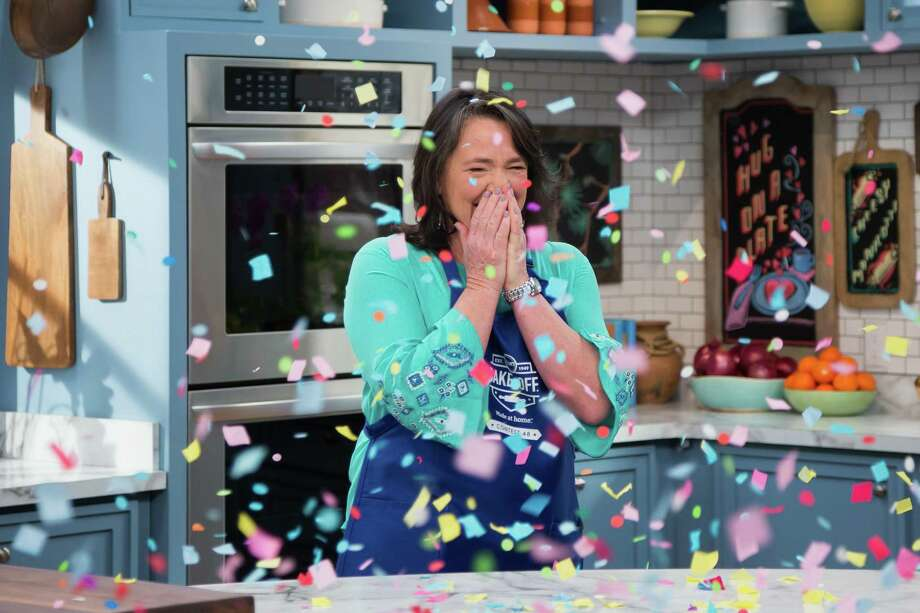 Contestant Amy Nelson reacts as she is announced the grand prize winner as seen on The Kitchen. Photo: Pillsbury / © 2018, Television Food Network, G.P. All Rights Reserved.