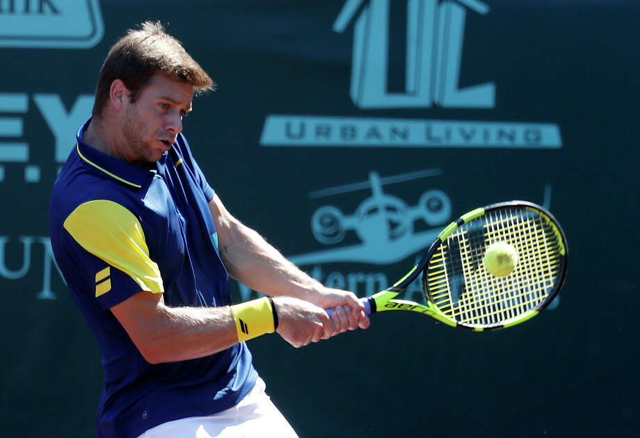 Ryan Harrison competes against Miomir Kecmanovic during the U.S. Men's Clay Court Championship at River Oaks Country Club, Tuesday, April 10, 2018, in Houston. Photo: Karen Warren, Houston Chronicle / © 2018 Houston Chronicle
