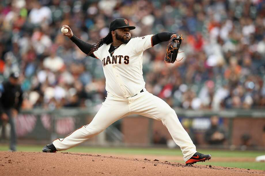 Johnny Cueto pitches against the Mariners in the first inning at AT&T Park on April 4. Photo: Ezra Shaw / Getty Images