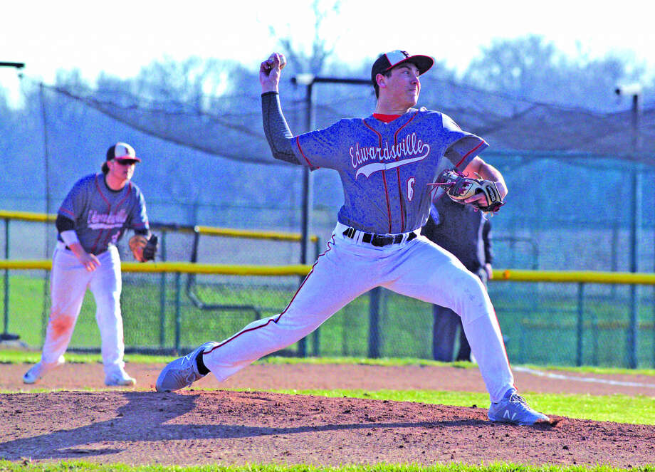 Edwardsville senior Chase Gockel delivers a pitch during the third inning of Tuesday's Southwestern Conference game at Belleville West.