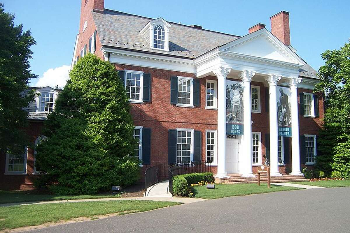 20. Far Hills, New Jersey ZIP Code: 07931 Average adjusted gross income: $614,200