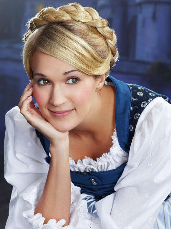 "Carrie Underwood as Maria in NBC's 2013 production of ""The Sound of Music Live!"" Photo: Nino Munoz, NBC / 2013 NBCUniversal Media, LLC"