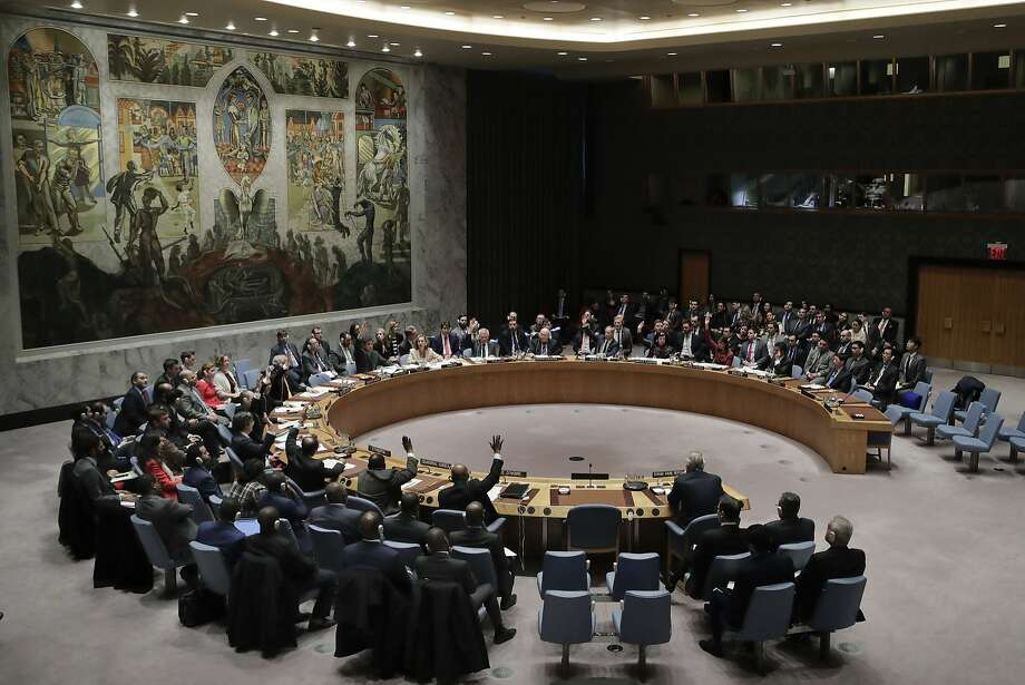 The U.N. Security Council failed to adopt resolutions to investigate the use of chemical weapons in Syria. Photo: Julie Jacobson / Associated Press