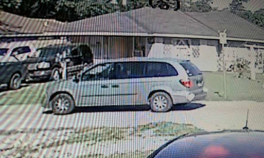 A deadly shooting at a home construction site in Channelview might be the latest in a spree of robberies targeting construction workers Wednesday, April 11, 2018. The suspects were seen driving a gray or silver Dodge minivan that appears to have rear-left bumper damage. Anyone with information is urged to call HCSO at 713-221-6000 or Houston Crime Stoppers at 713-222-TIPS (8477). Photo: Harris County Sheriff's Office