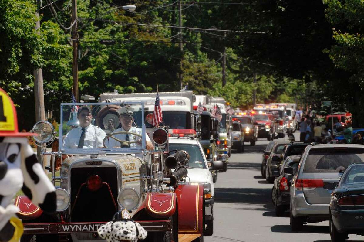North Greenbush Memorial Day Parade: Due to health concerns, the North Greenbush Memorial Day Parade has been canceled. The town intends to honor its veterans with small ceremonies at memorials around town.