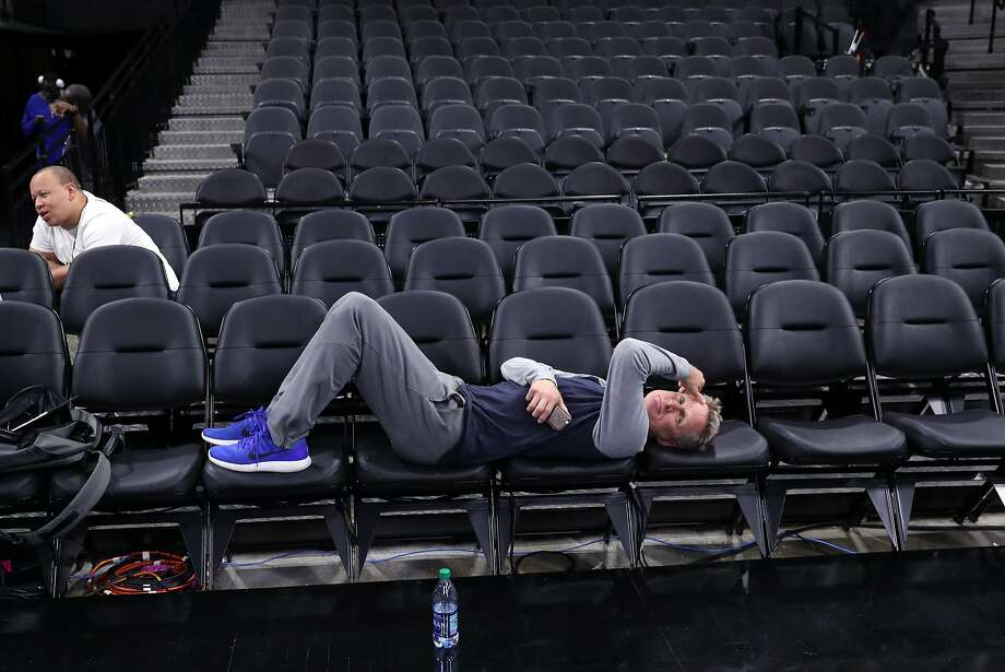 """""""I feel good,"""" Warriors head coach Steve Kerr said about his history of back problems. """"I'm not 100 percent. I still have pain, but I've learned to manage it better. … I'm still hopeful my life might return to pain-free, but I'm doing fine."""" Photo: Scott Strazzante / The Chronicle"""