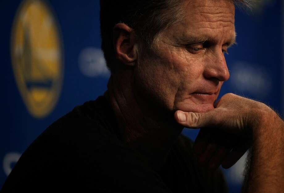 Warriors head coach Steve Kerr started this season determined to pace his team, knowing several players were physically and mentally fatigued from three consecutive long postseason journeys. Photo: Carlos Avila Gonzalez / The Chronicle
