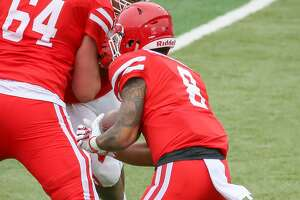 HOUSTON, TX - APRIL 07:  University of Houston Cougars running back Davion Mitchell (8) carries the ball during the Houston Cougars Spring football game on April 7, 2018 at TDECU Stadium in Houston, Texas.  (Photo by Leslie Plaza Johnson/Icon Sportswire via Getty Images)