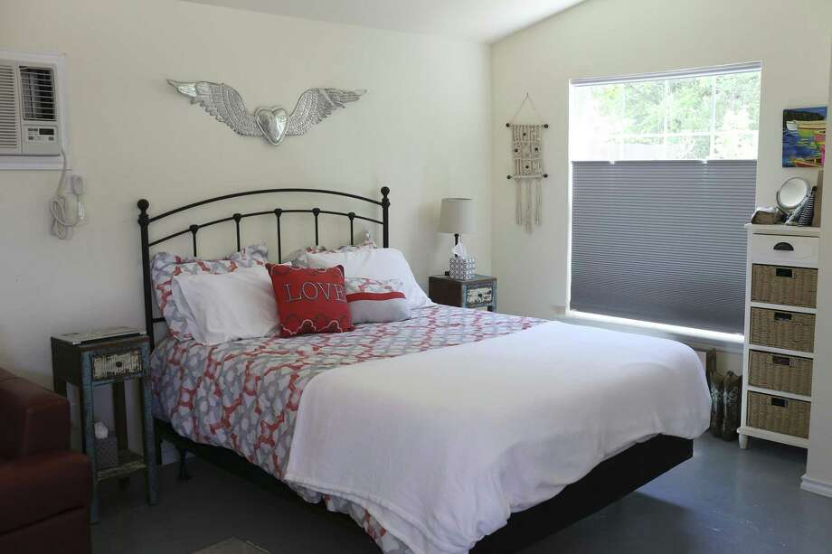 Julia Rosenfeld's refurbished house is one-room with bath and kitchen and is located in the Government Hills neighborhood, Wednesday, April 11, 2018. Rosenfeld uses the house for visits from friends and family and as a short-term rental through websites like Airbnb. Photo: JERRY LARA / San Antonio Express-News / San Antonio Express-News