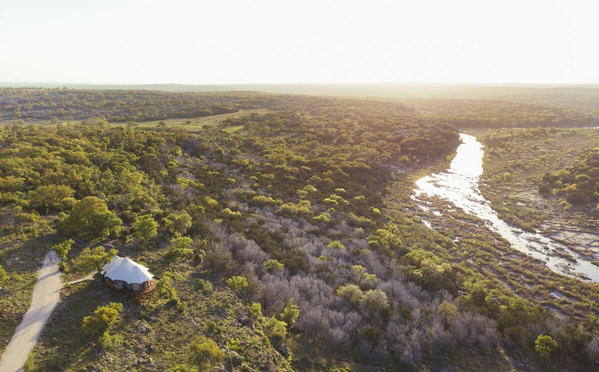New luxury outdoor retreat Walden Retreats in Texasopens on April 19, 2018 and it redefines the meaning of camping in style and comfort.