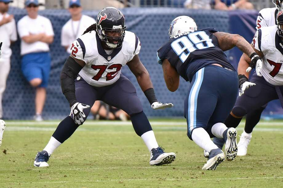 Derek Newton, whom the Texans released April 12, has filed a grievance seeking payment of a $500,000 roster bonus, according to NFL Players Association records. Photo: Frederick Breedon/Getty Images