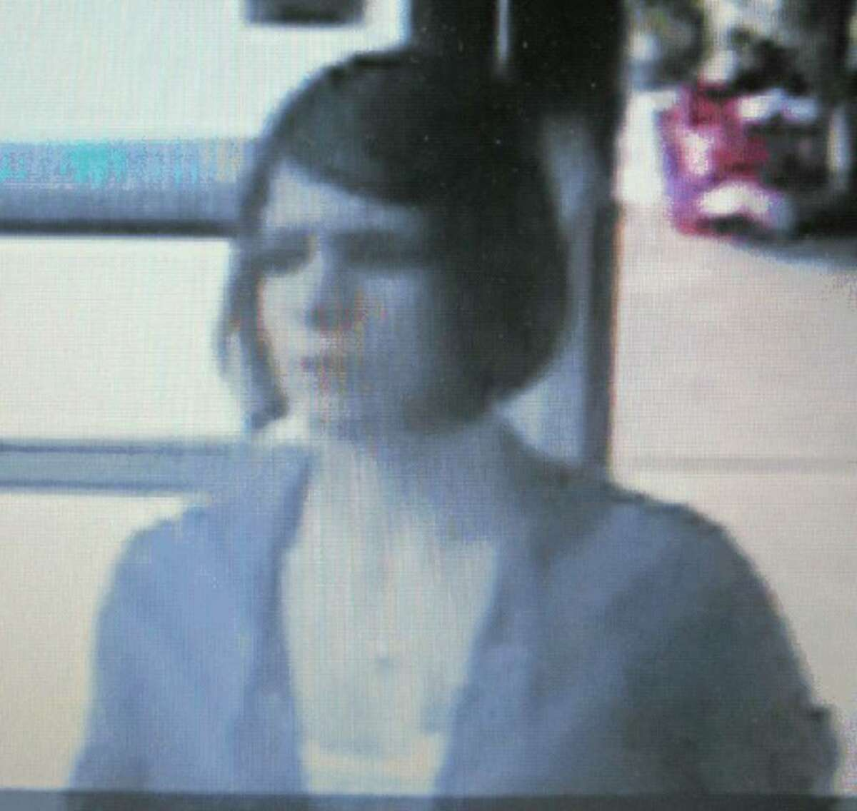 Bethlehem police seek a suspect in passing of counterfeit $100 bills (Photo provided)