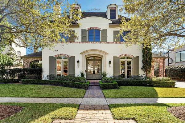 3123 Nottingham, West University Place  List price: $2,649,000 Sold range: $2,501,001 to $2,879,000 Square footage: 6,093