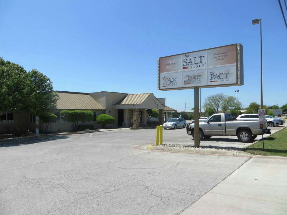 The Salt Group headquarters are in a former Luby's restaurant building in Kerrville. A former company president was indicted Wednesday. Photo: Staff File Photo