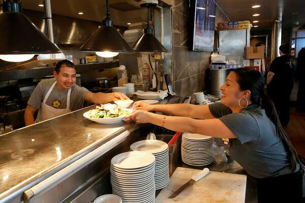 Change In Law Allows Pooling Of Tips In California Aiding
