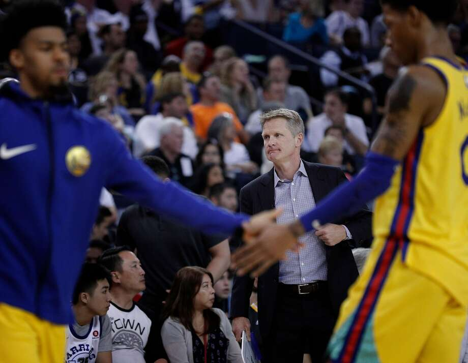 Warriors head coach Steve Kerr during the Golden State Warriors game against the Milwaukee Bucks at Oracle Arena in Oakland, Calif., on Thursday, March 29, 2018. Photo: Carlos Avila Gonzalez / The Chronicle