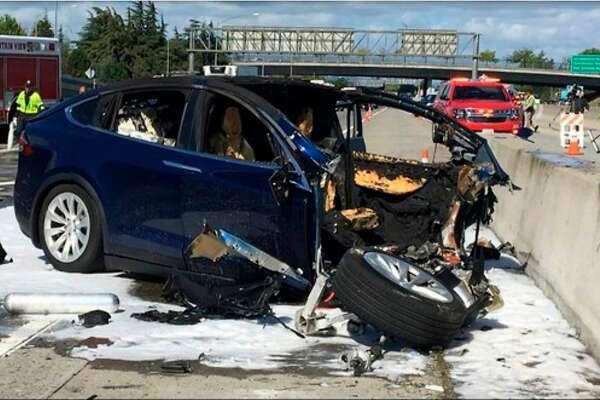 Tesla Model X accelerated seconds before Highway 101 crash, report