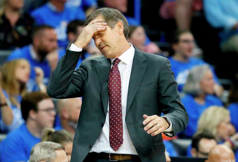 FILE - In this Oct. 19, 2017, file photo, New York Knicks head coach Jeff Hornacek reacts in the fourth quarter of an NBA basketball game against the Oklahoma City Thunder in Oklahoma City. The Knicks fired Hornacek early Thursday, April 12, 2018, making the decision shortly after beating Cleveland on Wednesday night to finish a 29-53 season. They lost more than 50 games and missed the playoffs both seasons under Hornacek.(AP Photo/Sue Ogrocki, File) Photo: Sue Ogrocki / AP2017