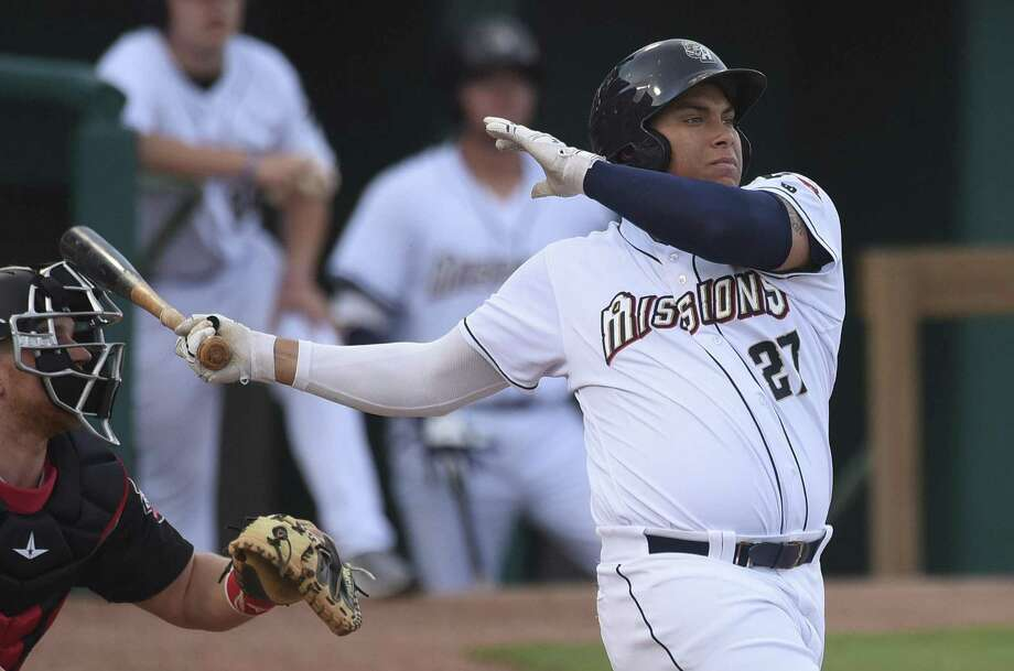 Josh Naylor has made the mighty cut his specialty, clubbing a minor league-leading seven homers for the Missions entering Thursday. Teammate Austin Allen also has seven. Photo: Billy Calzada / San Antonio Express-News / San Antonio Express-News