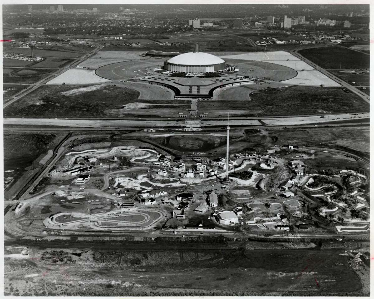 AstroWorld opened on June 1, 1968 south of Loop 610. (Photo: January 1968)