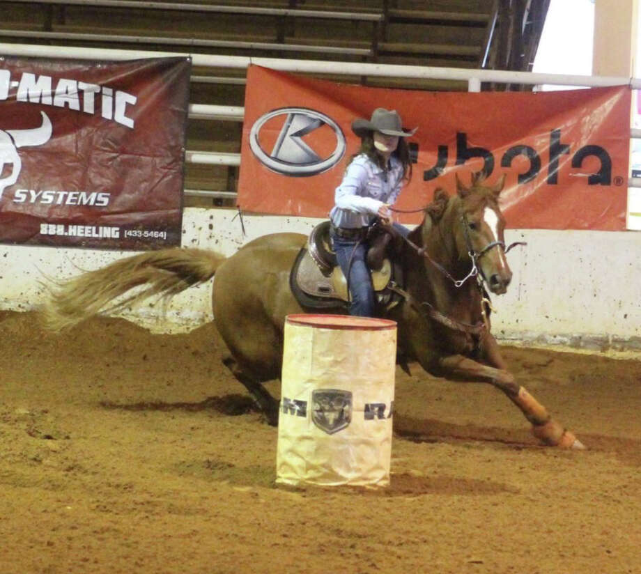 Two LC-M students qualified for the state rodeo finals. Photo: LC-M