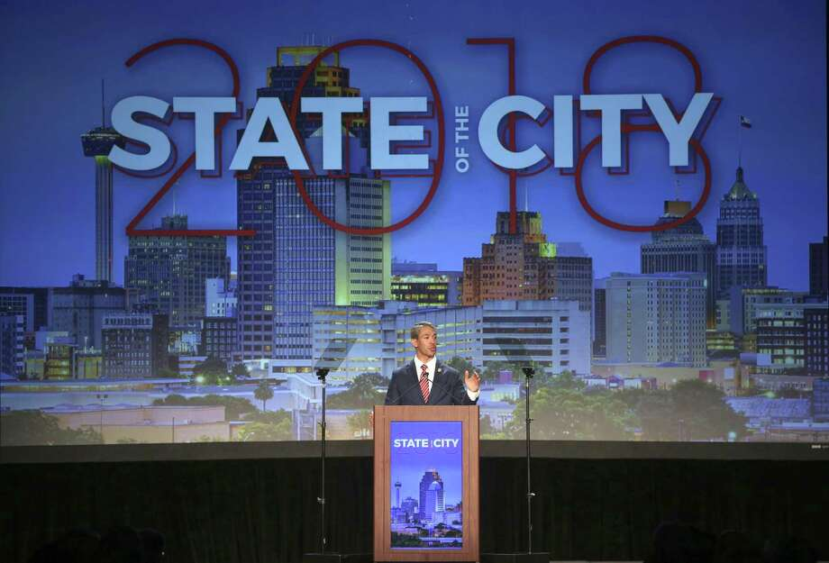 Mayor Ron Nirenberg speaks during his state of the city address April 10 at the San Antonio Convention Center. Nirenberg discussed his mass transit proposal, which a reader opposes. Photo: William Luther /San Antonio Express-News / © 2018 San Antonio Express-News