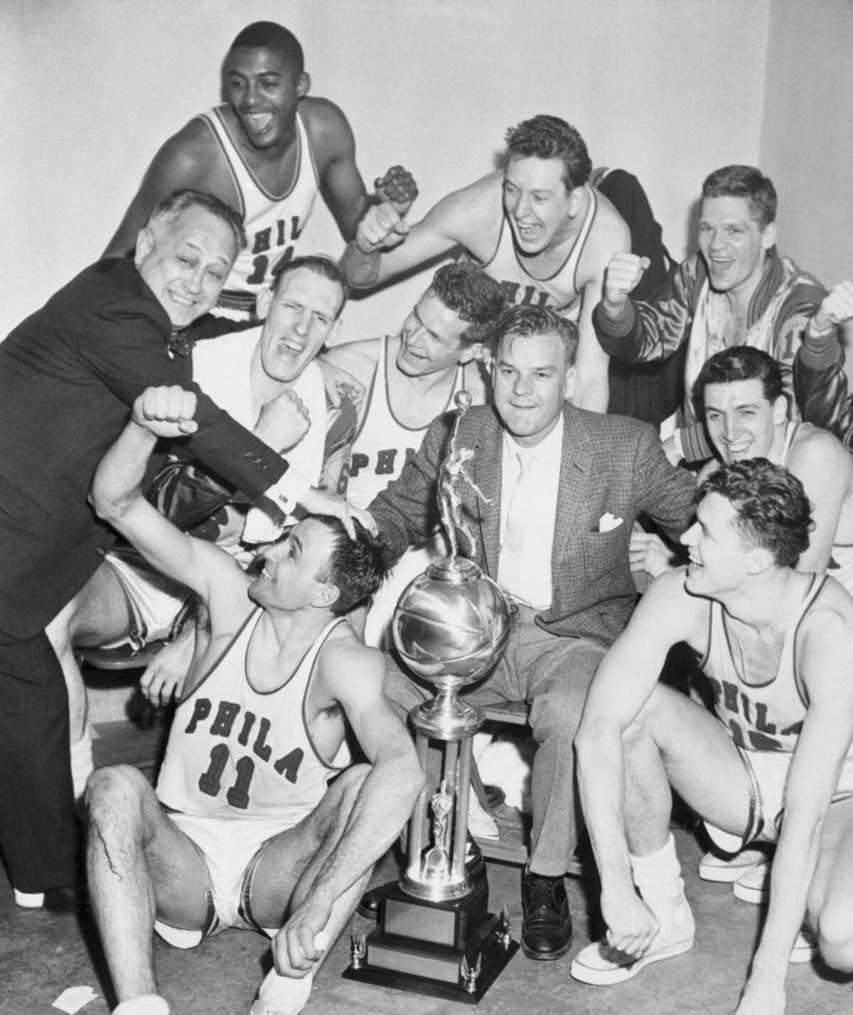 1956: The Philadelphia Warriors defeat the Detroit Pistons to win their first NBA Finals Technically, this wasn't even the franchise's first championship. The Philadelphia Warriors won the 1947 BAA (Basketball Association of America) Finals two years before the BAA merged with the NBL (National Basketball League) to form the NBA. Still, the 1956 team led by Hall of Fame inductee Joe Fulks was the first Warriors team to win the NBA Finals.