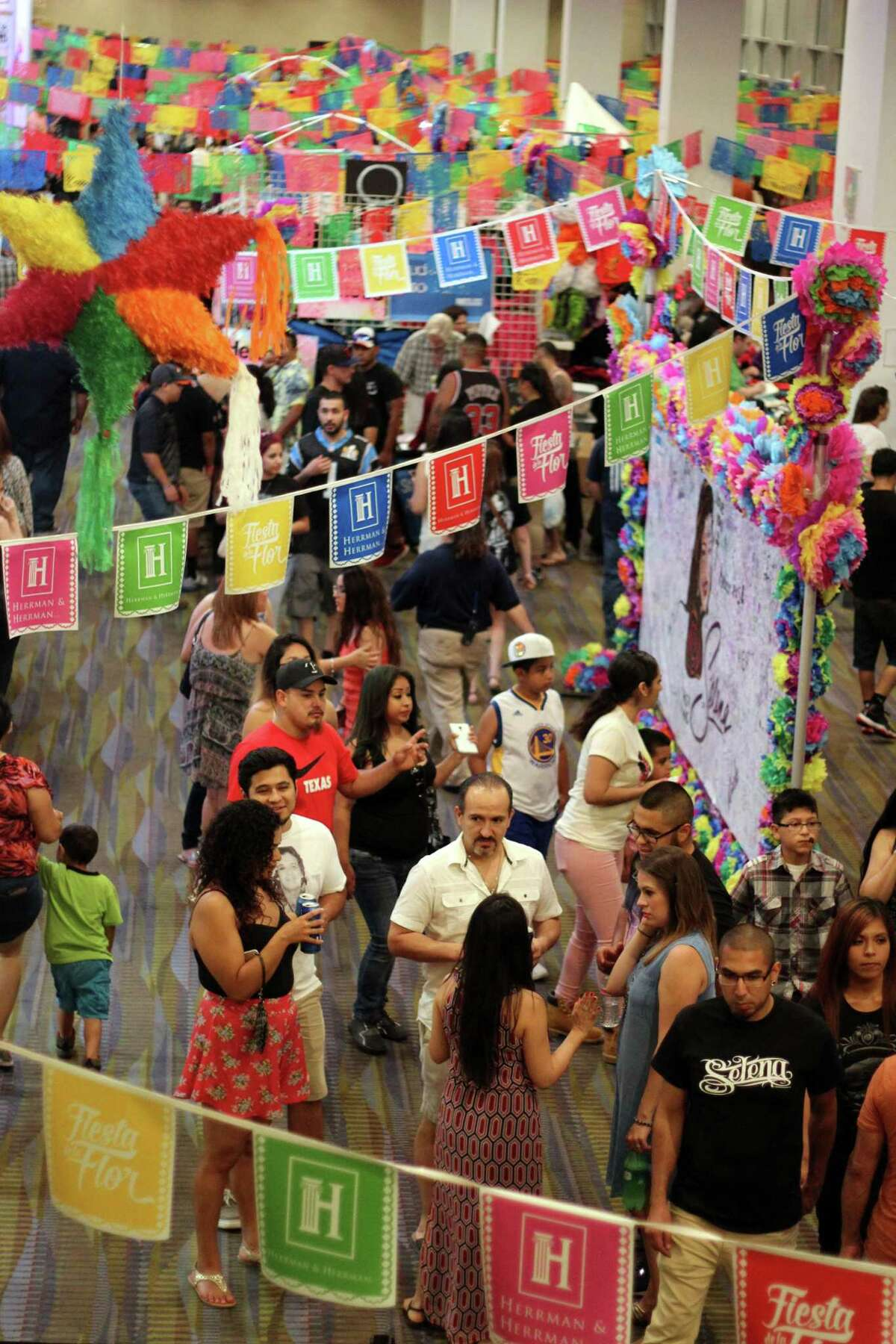 Houston jeweler Pamela McKinney will be debuting as a vendor at El Mercado, the shopping center at Fiesta de la Flor, the Corpus Christi festival honoring singer Selena Quintanilla.