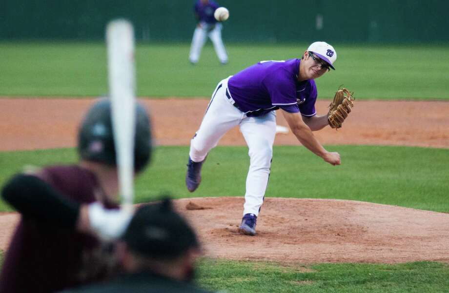 Willis pitcher Brandon Birdsell delivers a pitch against Magnolia West on Friday in Willis. Photo: Keith MacPherson