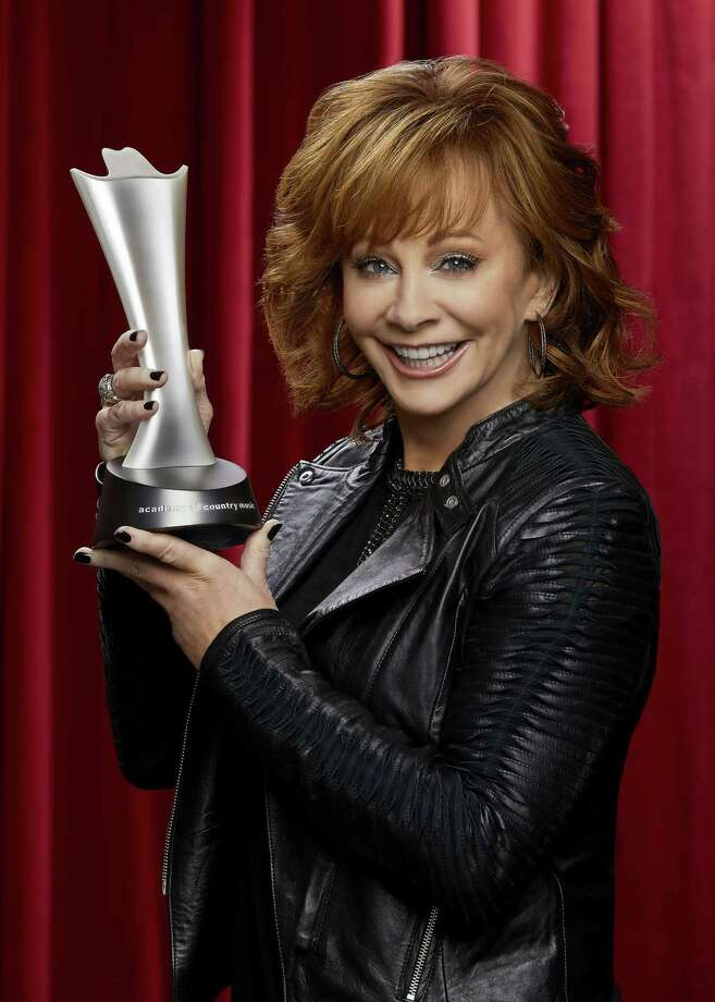 Reba McEntire, host of THE 53RD ACADEMY OF COUNTRY MUSIC AWARDS®, broadcast LIVE from the MGM Grand Garden Arena in Las Vegas Sunday, April 15 (8:00-11:00 PM, live ET/delayed PT) on the CBS Television Network.  Photo: Cliff Lipson/CBS A?A?A?A©2018 CBS Broadcasting, Inc. All Rights Reserved Photo: Credit: Cliff Lipson / ©2018 CBS Broadcasting, Inc. Credit: Cliff Lipson