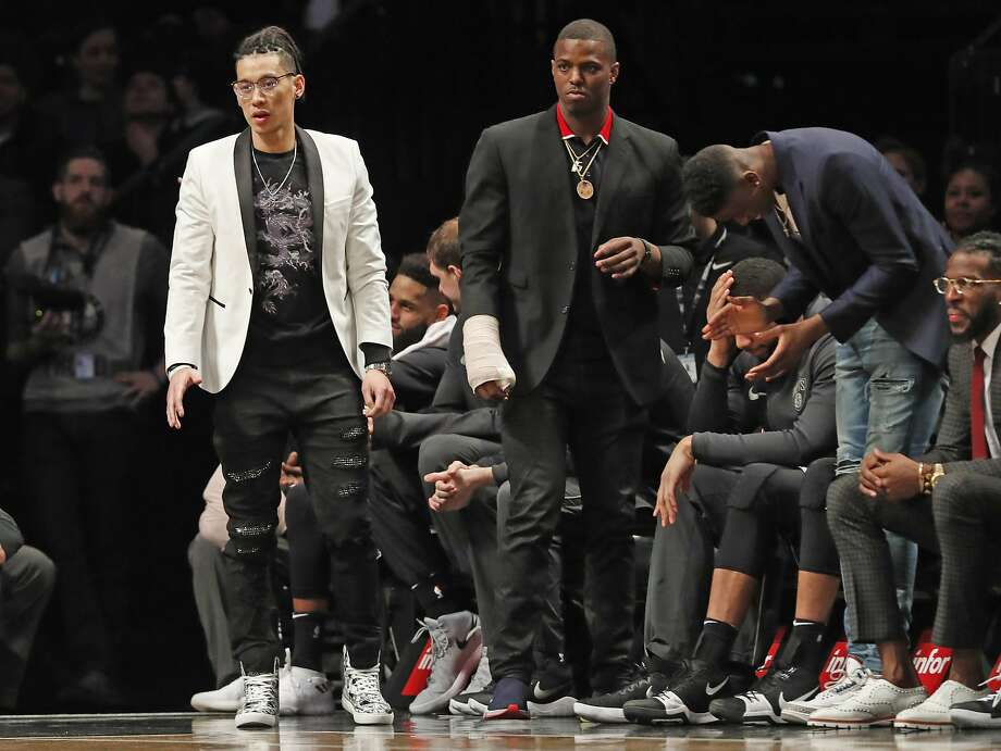 Brooklyn Nets guards Jeremy Lin missed almost all of the 2017-18 season with a ruptured right patella. Photo: Kathy Willens / Associated Press
