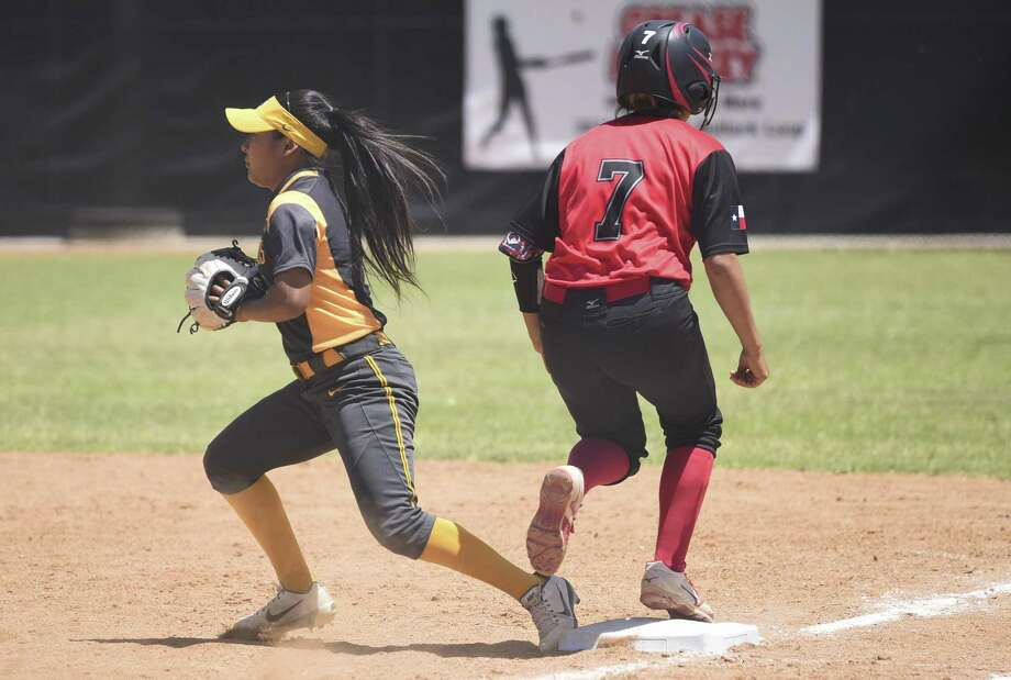 Tiana Castro and the Laredo College offense rolled to 29 runs over three games Friday as the Palominos are off to a program-record 5-0 start. They defeated Seward County CC, Cowley and Ranger College as part of the Cowton Classic in Fort Worth. Photo: Danny Zaragoza /Laredo Morning Times / Laredo Morning Times