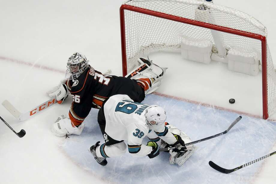 Sharks center Logan Couture scores past Ducks goaltender John Gibson during the first period of Game 2 in Anaheim. Photo: Chris Carlson / Associated Press