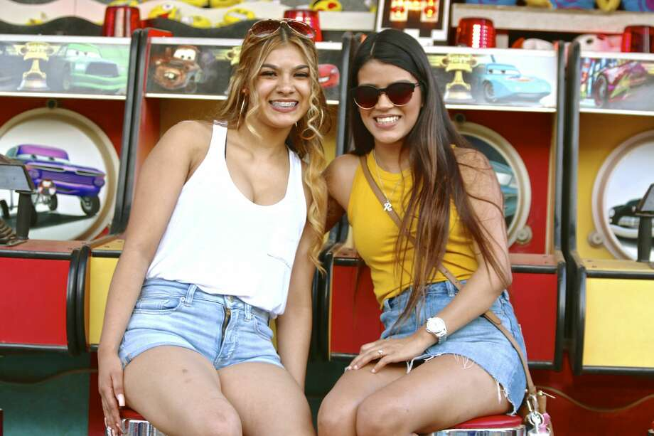 The 71st annual Poteet Strawberry Festival fed the appetites of eager festival goers ready for carnival fun, Texas music, tasty festival food and plenty of strawberries Saturday, April 14, 2018. Photo: Yvonne Zamora For MySA